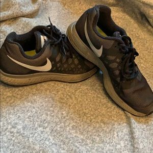 NIKE Air Zoom Pegasus shoes, size: 8.5